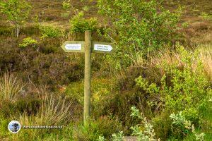 Sign to Meall Nan Tarmachan